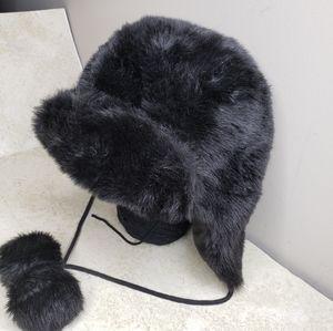 Victoria's Secret PINK Faux Fur Winter Hat Poms